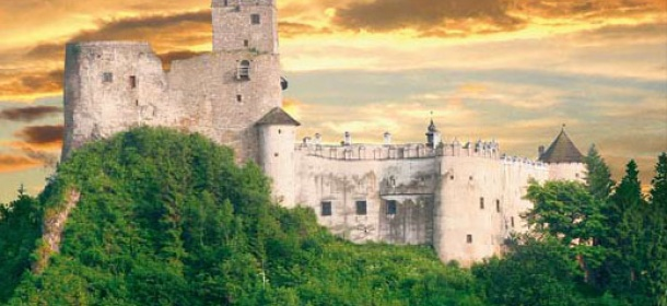 Dunajec Castle feature image